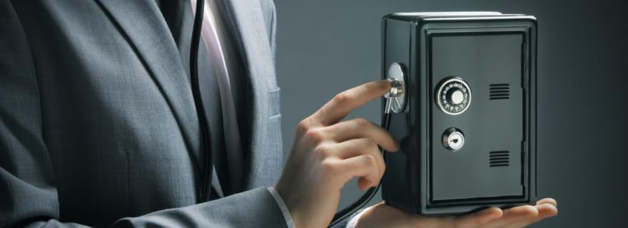 ¿Cómo influye en el precio del seguro de hogar contar con una caja fuerte?